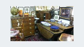 Applegates Antiques Centre